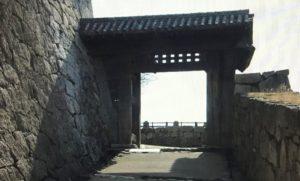 伊予松山城門